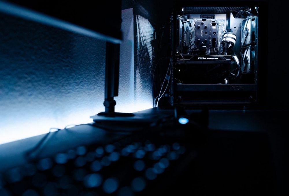 blur-close-up-contemporary-2225618